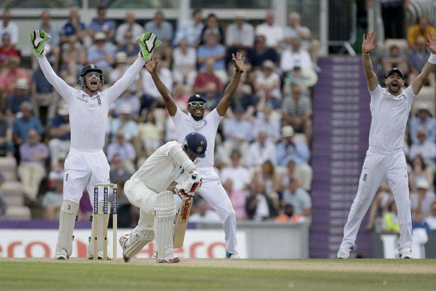 England Crush India by 266 Runs to Level the Series 1-1