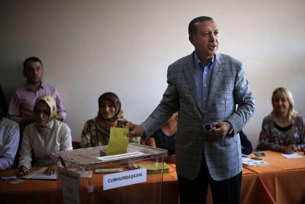 Erdogan Wins Turkish Presidency in First Round Triumph