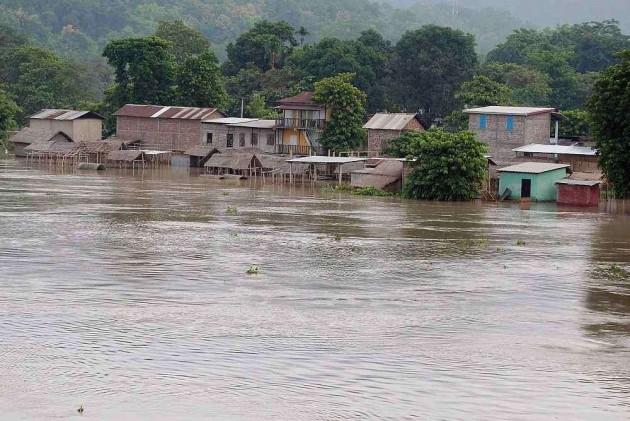 Assam: Flood Situation Remains Grave, 950 Villages Under Water