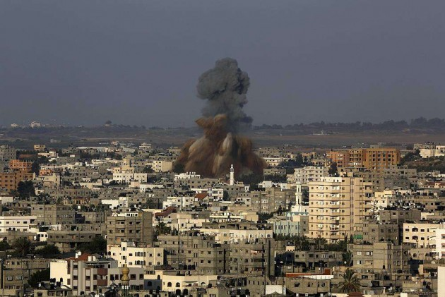 20 Killed as Gaza War Resumes After 10-Day Lull