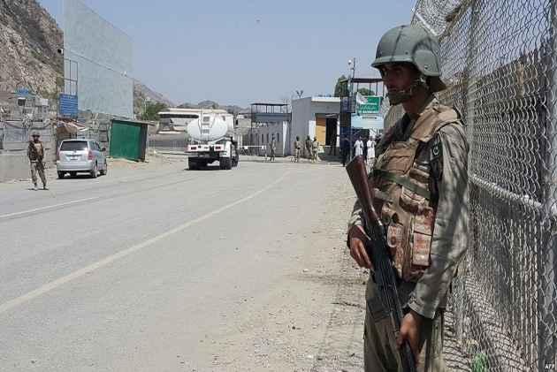 3 Terrorists Killed In A Gun Battle In Near Peshawar