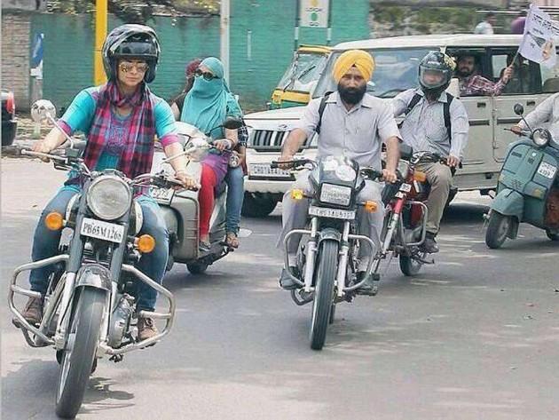 Helmets Made Mandatory for Women, Sikh Women Exempted