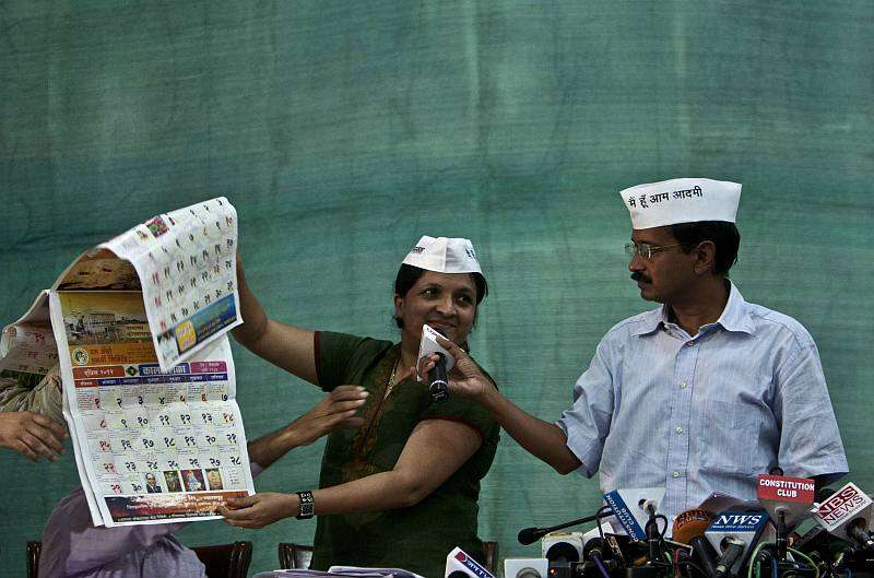 Damania, Menon Take a U-Turn on Resignation From AAP