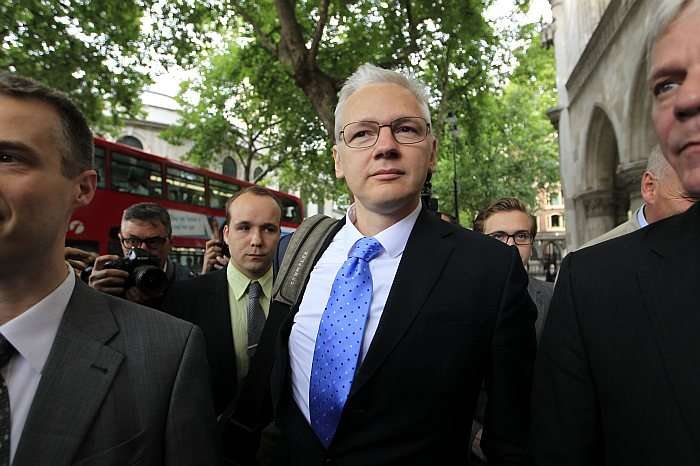 'Assange Won't Leave Embassy Without US Extradition Guarantee'