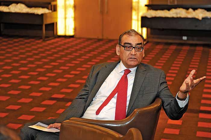 Katju Objects to Justice Dave's Statement on Gita