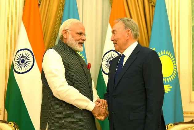 FM Zarif in Kazakhstan for SCO Summit