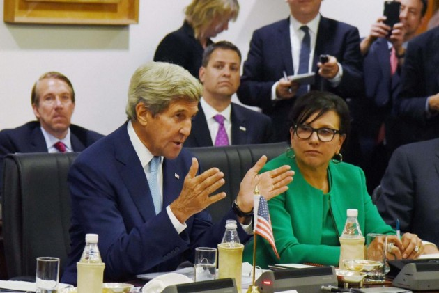 Have you come here in boats, asks John Kerry to IIT Delhi