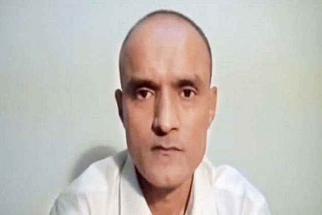 Locals in Mumbai holds hawan for Kulbhushan Jadhav's safe return