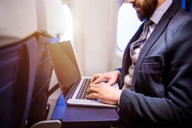Abu Dhabi airport exempt from USA ban on laptops