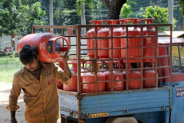 Cabinet Lifts 'One Subsidised LPG Cylinder Per Month' Restriction