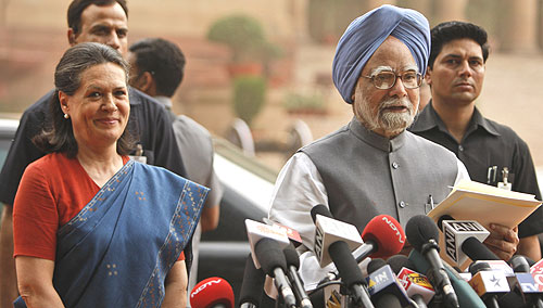 essay manmohan singh prime minister On the morning of 15 august, india's independence day, it was raining cats and dogs in delhiby 7 am, prime minister manmohan singh was atop the ramparts of the 17th-century red fort, hoisting the flag and saluting the assembled soldiers and citizens from behind a glass enclosure.