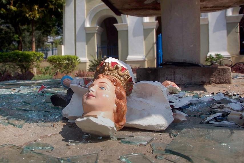 Statue of Mother Mary Vandalised in Mumbai