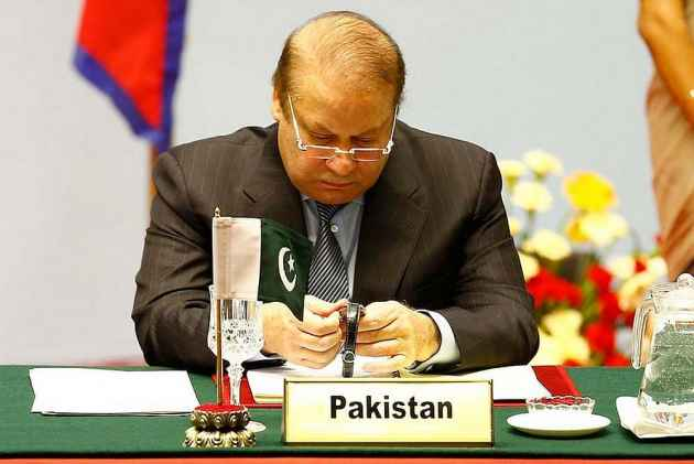 Pak Lawyers Give 7-Day Deadline to PM Nawaz Sharif to Quit