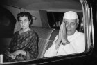 Cong Left Red-Faced as Mouthpiece Targets Nehru, Sonia