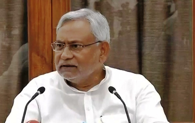 Nitish bashes Congress, says it dumped Bapu ideology