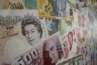 Pound Slumps to 31-Year Low Versus dollar