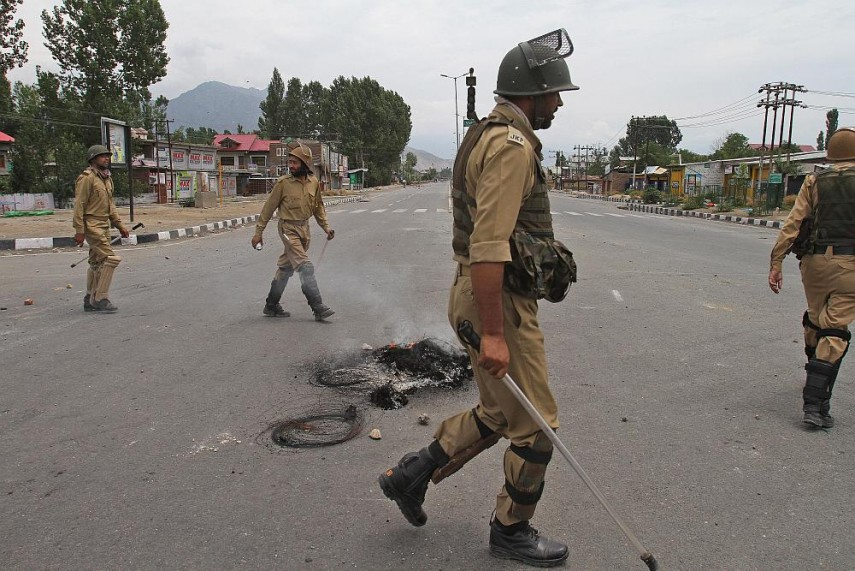 Pak Accuses India of Rights Violations in Kashmir