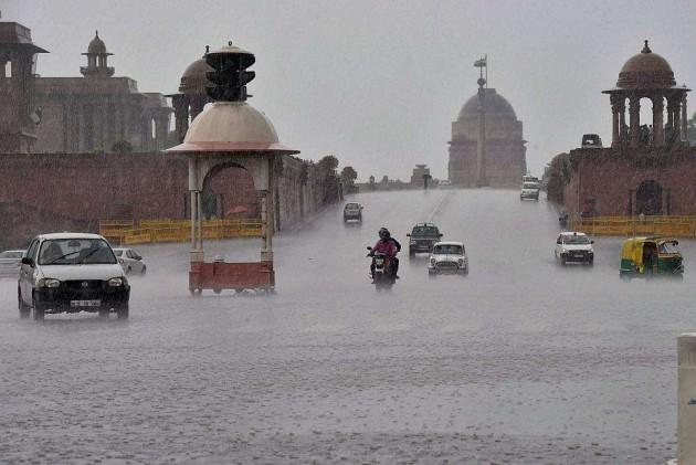 Weak Monsoon, High Temperature Increasing Delhi's Pollution