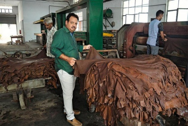 leather industry This study provides an overview of the global leather goods market, tracking two market segments of that industry in four geographic regions the report studies manufacturers of luggage and.