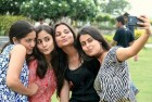 Most Selfie Takers Aren't Narcissists: Study