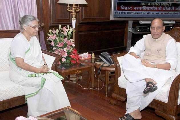 Sheila Dikshit Meets Prez, Home Min Amid Reports of Her Removal