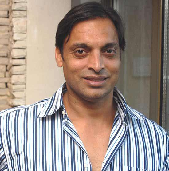 Shoaib Akhtar Denies Planning to Marry 17-Year-Old