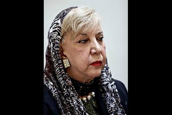Famed Iranian Poet Behbahani Dies at 87: Report