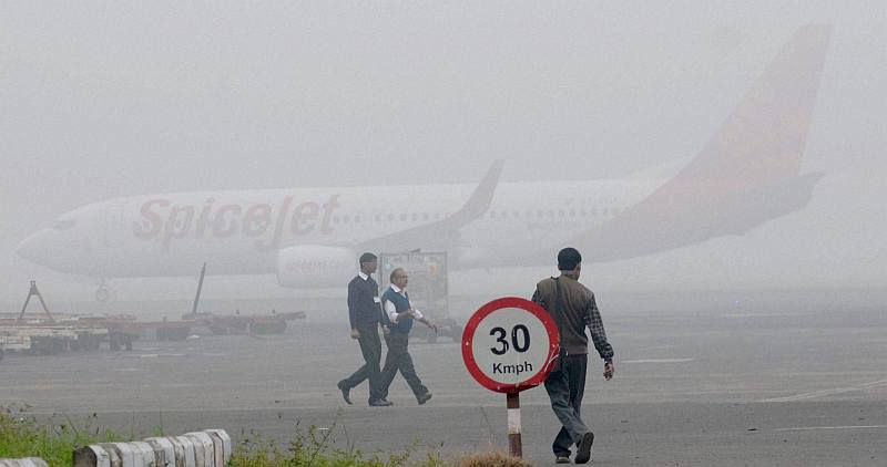 Flight Delay: DGCA Asks SpiceJet to Refund Fare
