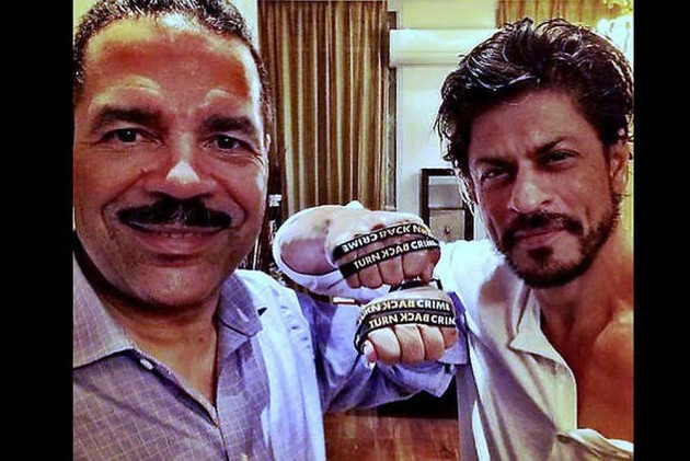 SRK First Indian Actor to Become Interpol's 'Turn Back Crime' Ambassador