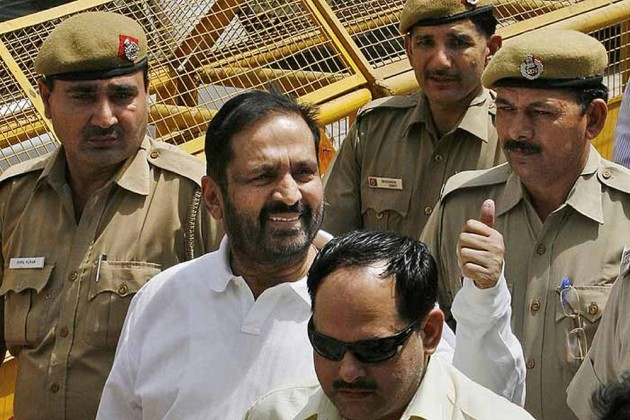 Sports Ministry Issues Show-Cause Notice To IOA, Threatens De-Recognition Over Kalmadi Fiasco