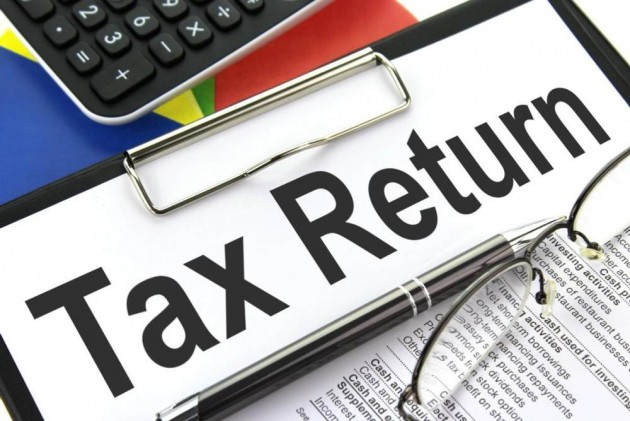 Govt Notifies Simplified ITR, E-Filing to Start From April 1