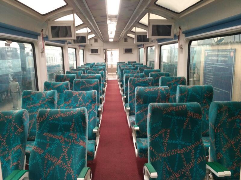 મુંબઈથી ગોવા જવા માટે કરો કાચની ટ્રેનમાં સફર