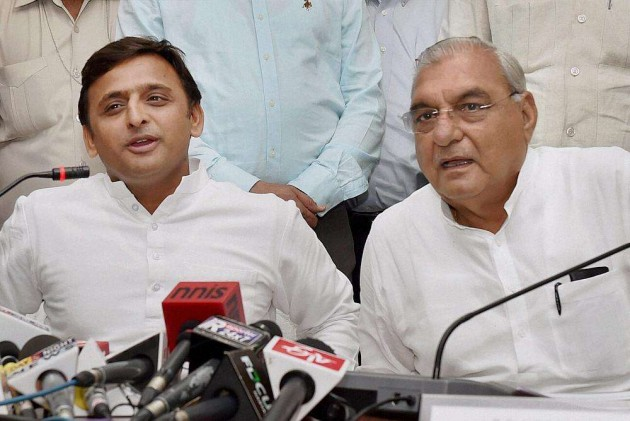 Hooda Govt Attacked Over Administering Commissioners' Oath