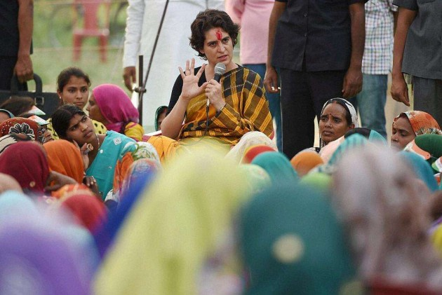 No Plans to Withdraw Priyanka, Robert's Airport Privileges