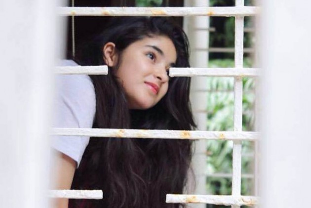 'Don't Want Anyone to Consider Me As a Role Model,' 'Dangal' Actress Zaira Wasim Posts Facebook Apology