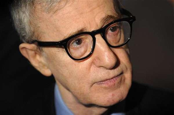 Woody Allen Receives Handprint Honour in Rhode Island