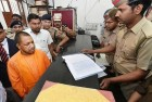 Adityanath Asks UP Police to Change Working Style, Identify 'Black Sheep' in The Department