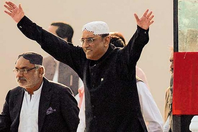 Former Pakistan President Zardari Starts Weekly Show With TV Channel