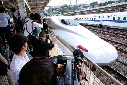 """essay on bullet trains Bullet trains will fill those needs of the consumer, and with all of the surveys that have been done more than 60% of people do not enjoy the chaos that comes with traveling whether they are traveling through the air or in a car it is not very comfortable, this is a huge competitive advantage for bullet trains which also makes them """"order ."""