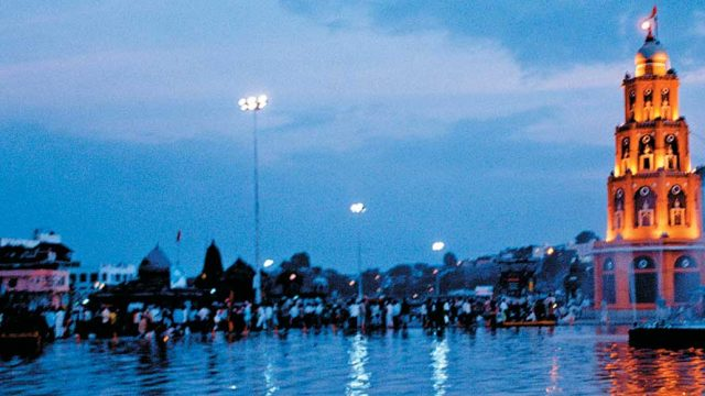 Pilgrims on the banks of the Godavari river