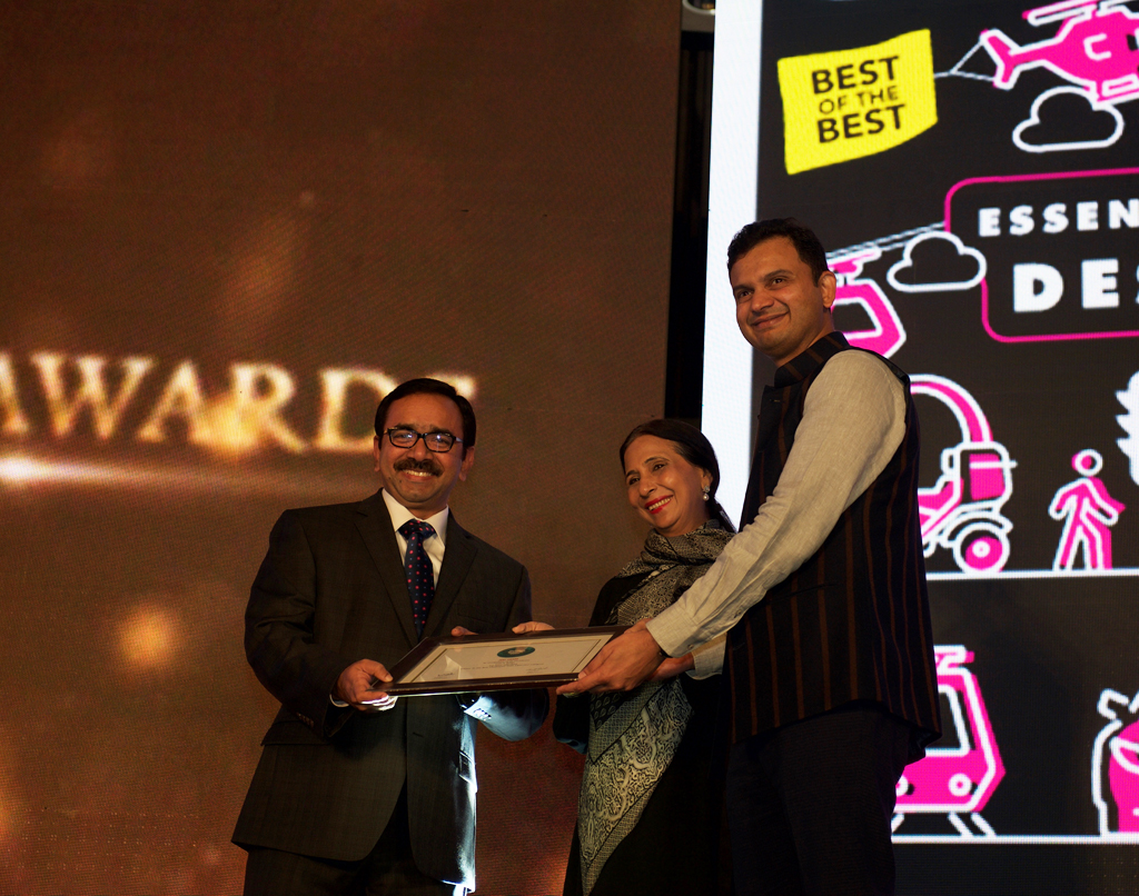 Thomas C. Thottathil, Head – Corporate Comunication and CSR, receives the award for Best Outbound Tour Operator for Cox & Kings