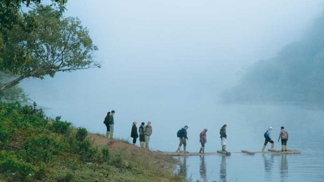 Mist over the water, Lake Periyar