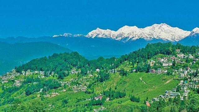 View of Mount Khangchendzonga and surrounding peaks from Darjeeling