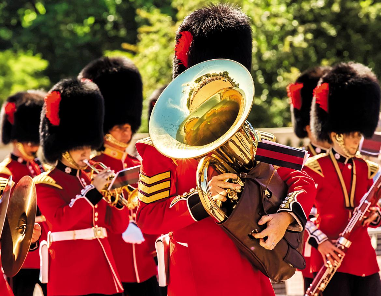 October 2017: Change of Guard Ceremony, Buckingham Palace