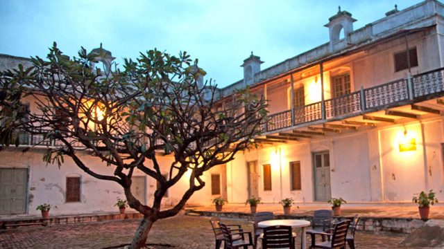 The courtyard of Fort Amla is a great place to spend the evening.