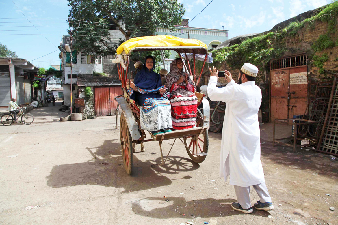 A quaint horse drawn carriage outside Zakvi Haveli in Burhanpur, which alongside the Dargah-e-Hakimi, is a revered site for Dawoodi Bohras