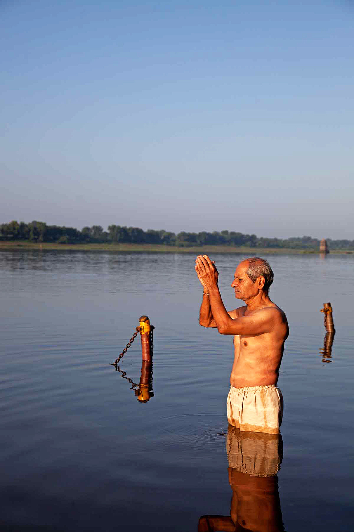 Many locals in Maheshwar start their day with a holy dip in the Narmada