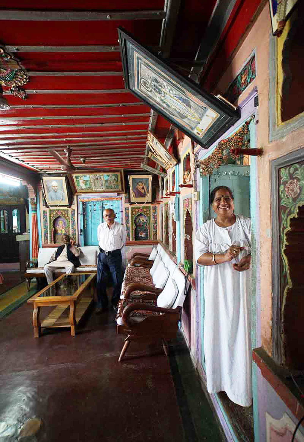 Current residents of the haveli, Virendra Hathiwala who is an agriculturist and paper merchant, and his wife, Sumitra, a corporator in the local municipality, as well as a painter and poet