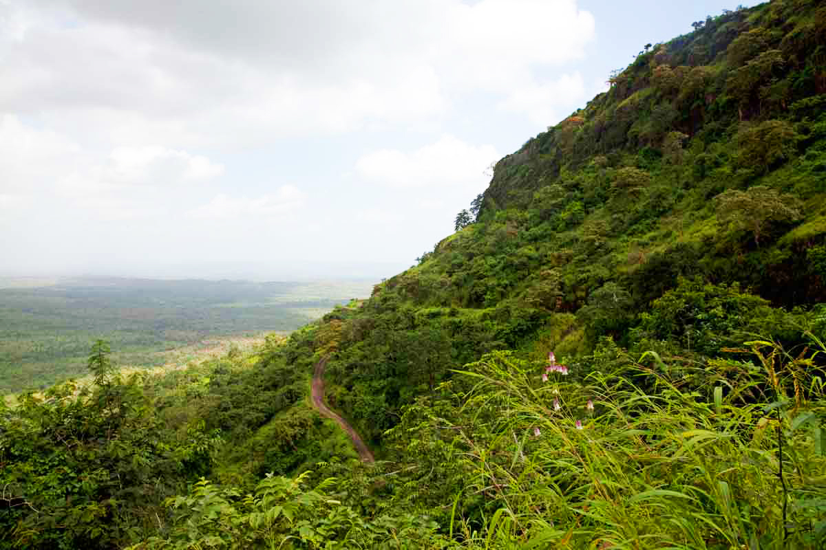 View of the steep winding road from Asirgarh