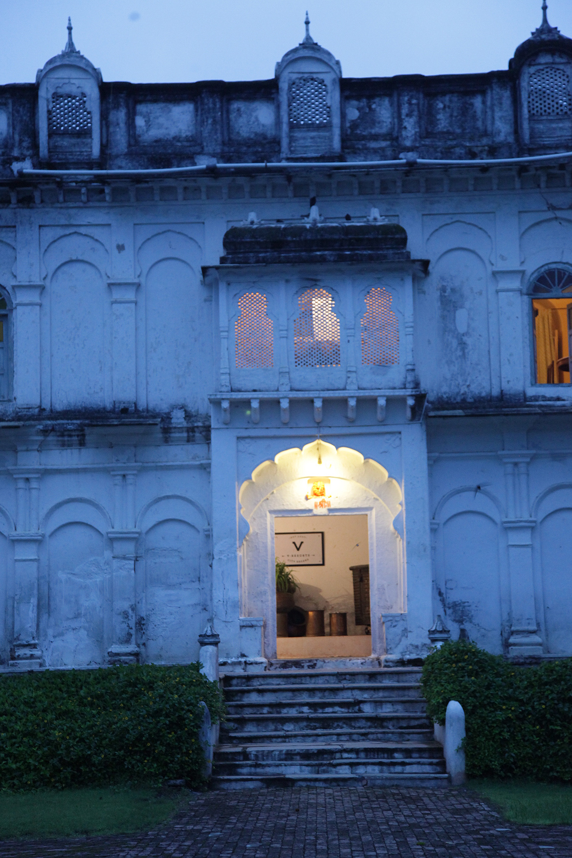 Fort Amla, a heritage retreat near Barnagar is a great place to experience agri tours and rural tourism